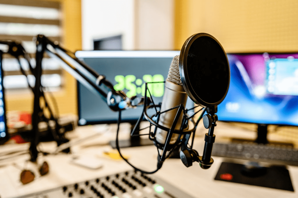 What to know regarding quality record producer